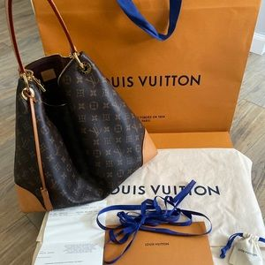 Louis Vuitton Berri MM